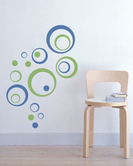 Superbe Bubbly Circles Vinyl Wall Decal